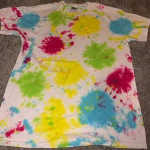 brand new gildan tie dyed t shirt